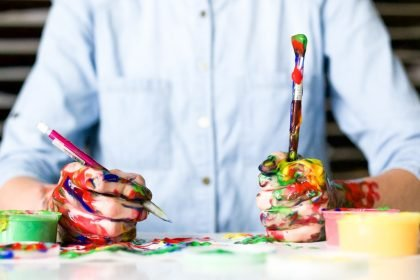 Psichologė apie meno terapiją: spalva yra pojūtis