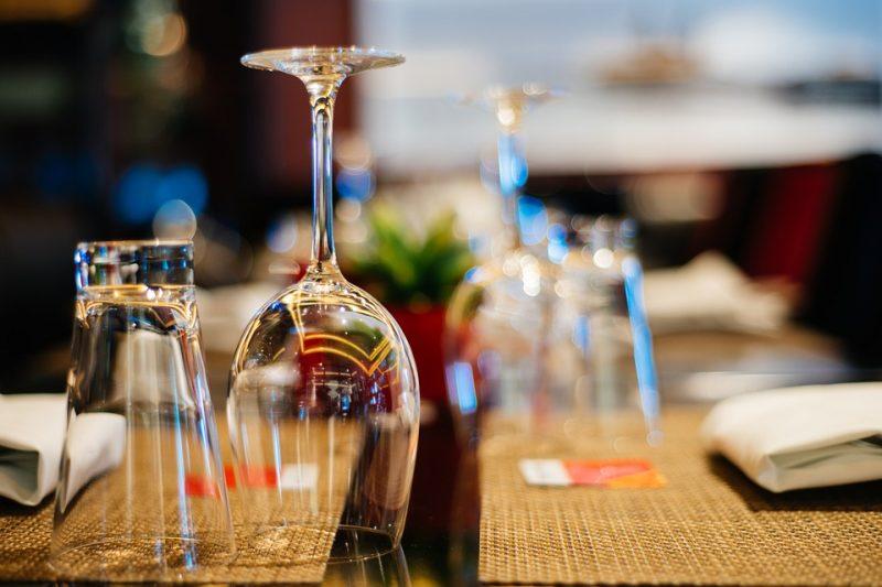 Šventinis stalas – sveikuoliškas požiūris į tradicinius patiekalus