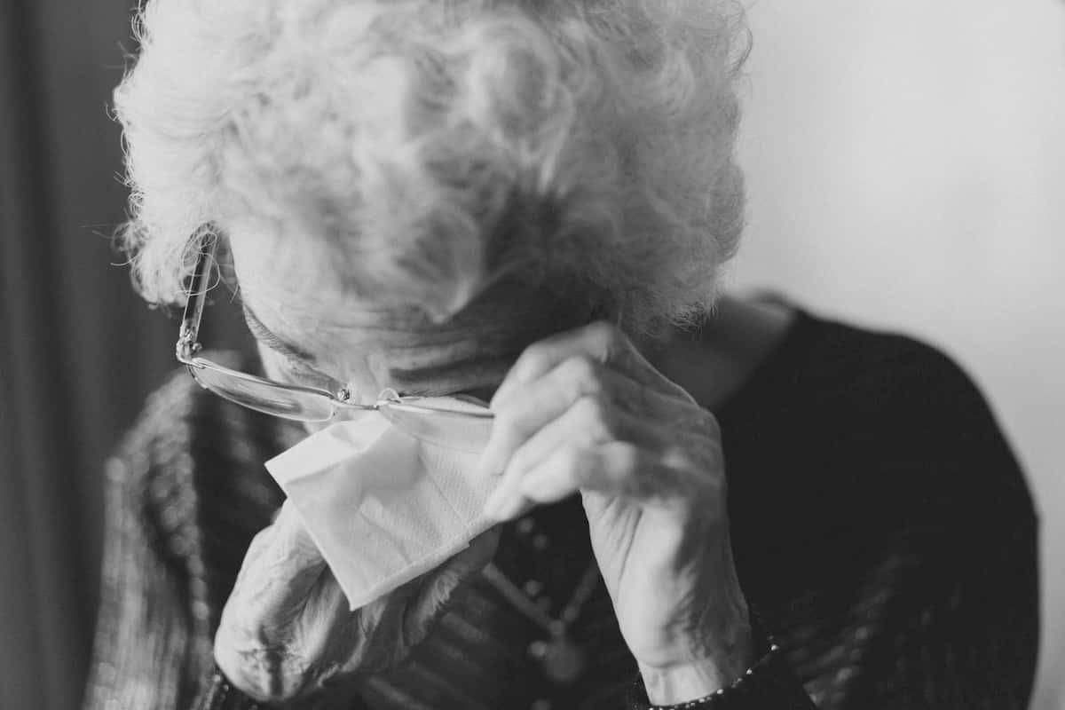 Sveikatos specialistai ragina susipažinti su požymiais, kurie gali ligą išduoti ir būdais, kurie galėtų padėti jau sergantiems.