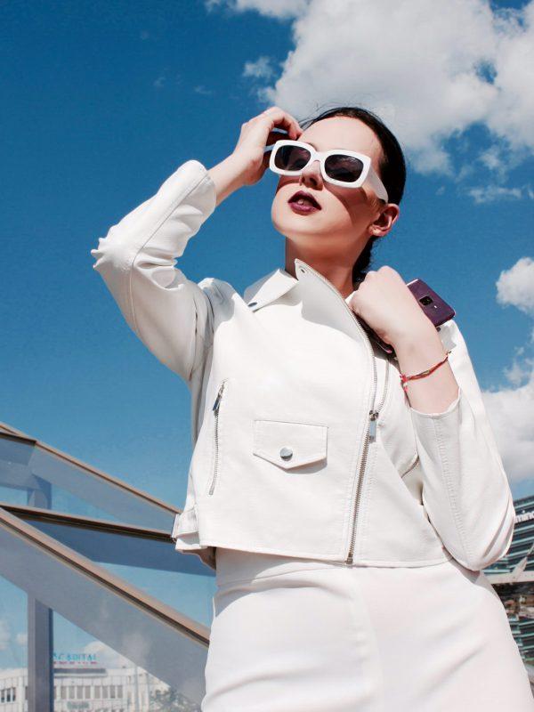 Stilistės V. Šaulytės patarimai ir trys deriniai išleistuvėms: atrodykite gaiviai ir vasariškai