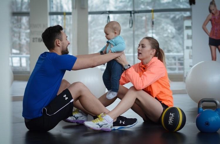 Asmeninis treneris pataria: kaip aktyviau leisti laiką su vaikais?