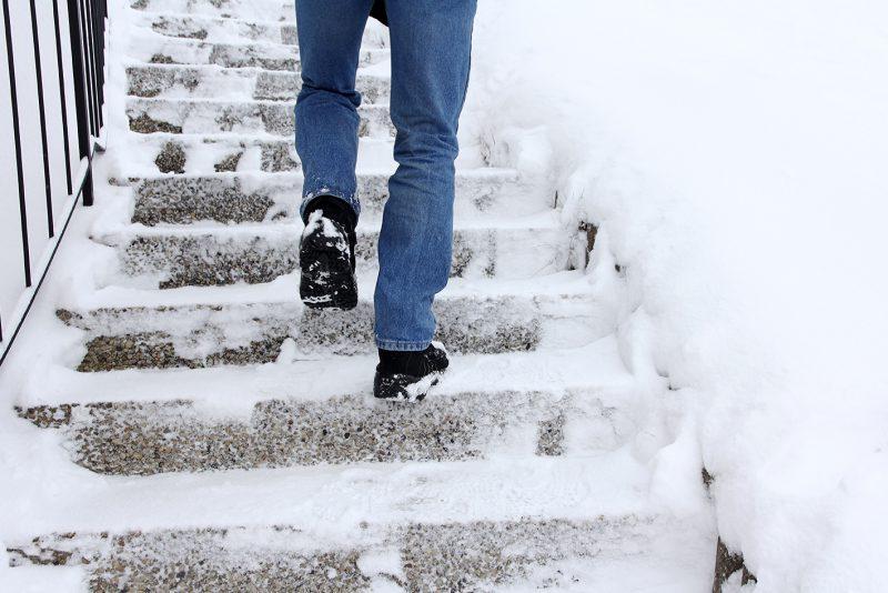 6 patarimai, kaip išvengti nelaimingų nutikimų žiemą