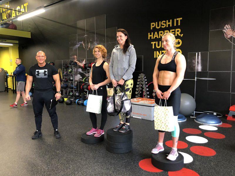 Treneris atskleidė, ką sporto salėje veikia tie, kurie gali pasigirti atletišku kūnu