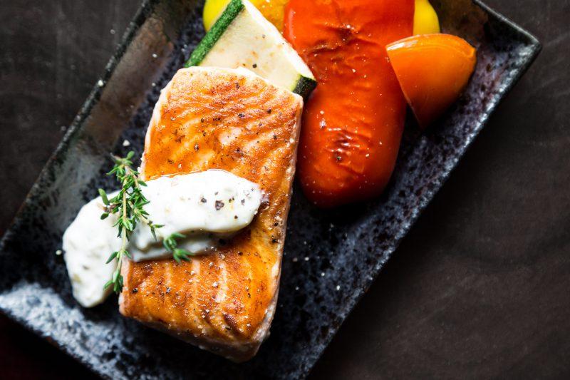 Draugiškas kūno linijoms mitybos planas šiltajam sezonui – paprasčiau nei galvojote