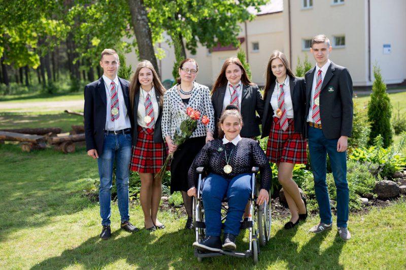 """""""Mano 275 eurų neįgalumo pašalpa yra pagrindinis mūsų šeimos pajamų šaltinis.."""": Saulė Stankevičiūtė apie savo kryžiaus kelius norint įsidarbinti ir sunkias gyvenimo patirtis."""
