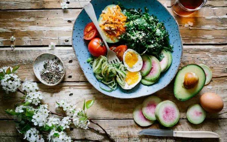 5 plačiai paplitę mitai apie sveiką mitybą