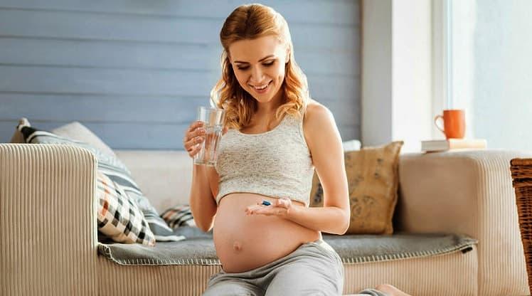 Kokie būtini vitaminai nėščiosioms?